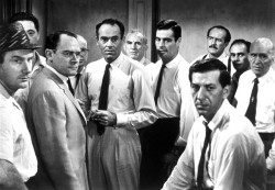 12 angry men 2015